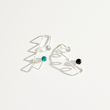 Two Dots EarClip